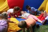 Polacy w światowej czołówce pod względem wypalenia rodzicielskiego. Dlaczego ponad 13 proc. młodych rodziców żałuje posiadania dzieci?