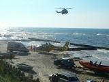 Katastrofa w Jarosławcu. Wiatrakowiec z jedną osobą spadł do morza [nowe fakty, zdjęcia, wideo]