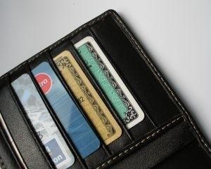 By poznać genezę kart płatniczych i kredytowych trzeba się cofnąć o ponad sto lat. (fot. sxc)