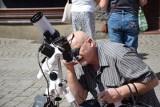W Zielonej Górze zaćmienie Słońca podziwialiśmy przez lunety z Planetarium Wenus. Na deptaku pojawiła się także specjalna wystawa