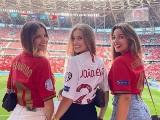 Najpiękniejsze kibicki na Euro 2020. Urocze fanki wspierają swoje ukochane drużyny [zdjęcia]