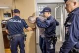 Zabójstwo w Gogolewie: Rozpoczął się proces o zabójstwo 14-latka. Oskarżony ojczym przyznał się do winy