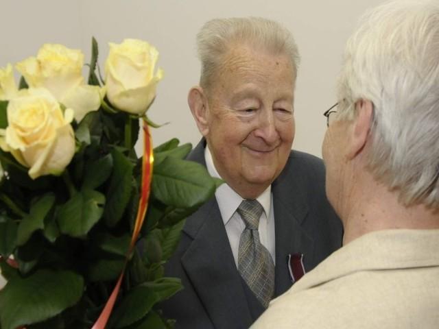 Najklepsze życzenia dla najstarszego wolontariusza!