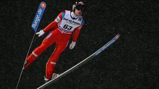 Zawody w Bischofshofen wygrał bezkonkurencyjny Michael Hayboeck, zaś trium w całym Turnieju Czterech Skoczni zapewnił sobie jego rodak Stefan Kraft