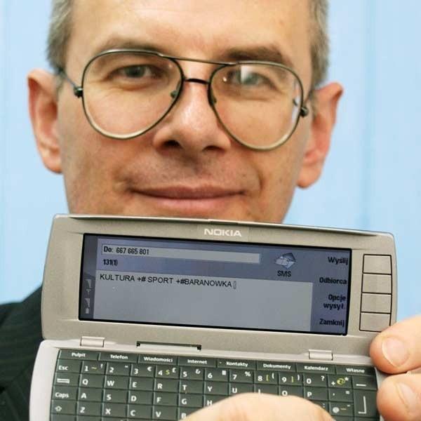 - Kiedy system zacznie działać, aby otrzymywać wszystkie informacje wystarczy zarejestrować się pod ogólnodostępnym numerem - tłumaczy Lesław Bańdur.