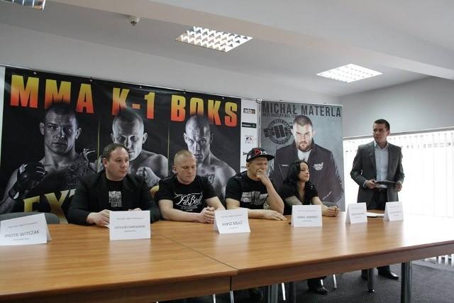 Bohaterowie sobotniej gali podczas konferencji prasowej zorganizowanej w poznańskiej Arenie