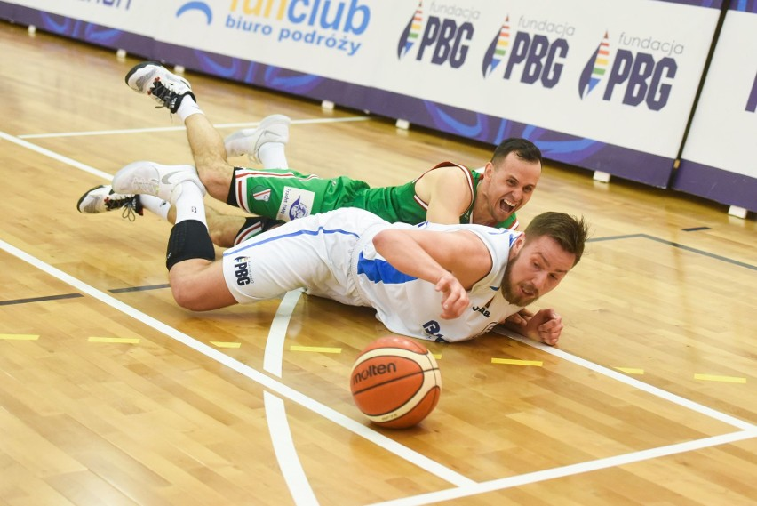 Koszykówka: Porażka Biofarmu. Legia bliżej awansu