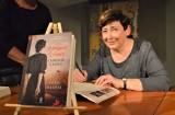 """Lubuskie Wawrzyny. Zofia Mąkosa, autorka trylogii """"Wendyjska Winnica"""", ma dwa takie laury. Jak te nagrody zmieniły jej życie?"""