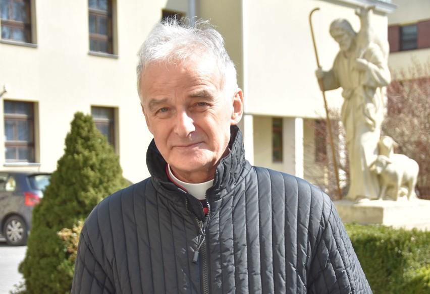 Ksiądz biskup Marian Florczyk z diecezji kieleckiej składa wszystkim życzenia z okazji Wielkanocy.