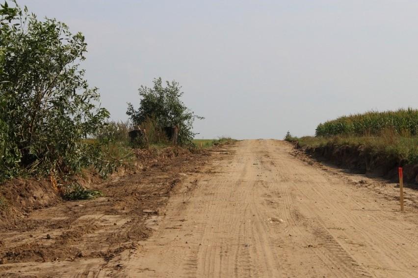 Czyżew. Rekordowa liczba inwestycji w gminie. Na same drogi gmina wyda 15 mln zł (zdjęcia)
