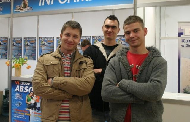 Michał Kaczmarek, Michał Listowski i Grzegorz Szkudlarek w tym roku kończą technikum uzupełniające w Zespole Szkół Gastronomicznych. Będą kucharzami. I mają nadzieję na dobrą pracę w tym zawodzie.