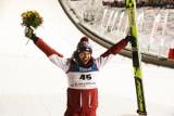 Skoki narciarskie WYNIKI. Kamil Stoch stanął na podium Pucharu Świata w Klingenthal. Halvor Egner Granerud znów poza zasięgiem