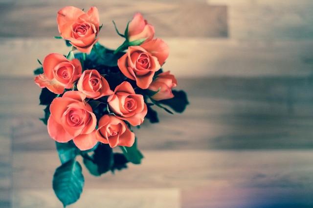 Życzenia na dzień matki. Najlepsze życzenia na dzień matki. Kiedy dzień matki? Zobacz, kiedy w 2021 roku będzie dzień matki! Dzień matki już 26 maja. Z tej okazji przygotowaliśmy najlepsze życzenia!