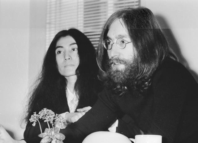 Yoko Ono była żoną jednego z Beatlesów, Johna Lennona
