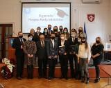 Uroczystość wręczenia stypendiów Prezesa Rady Ministrów w siedzibie starostwa. Otrzymało je dwunastu uczniów (ZDJĘCIA)