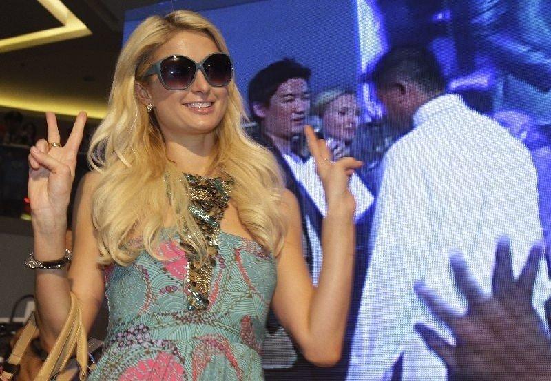 a919b4293f Paris Hilton nie przyjedzie na targi mody do Rzgowa