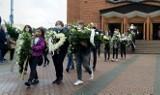 Pogrzeb zmarłej uczennicy z Kozienic. Tłumy pożegnały 12-letnią Zuzię. Mieszkańcy towarzyszyli dziewczynce w jej ostatniej drodze