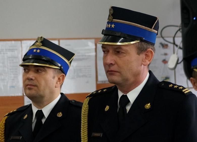 St. bryg. Artur Przybylski - na zdjęciu z prawej