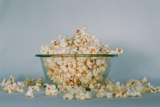 GIS poinformował o wycofaniu z rynku popcornu (ziarna kukurydzy do prażenia). Jeśli masz w domu ten produkt, lepiej go nie jedz!Zobacz, na następnych stronach, o jakich konkretnych produktach i partiach mowa.
