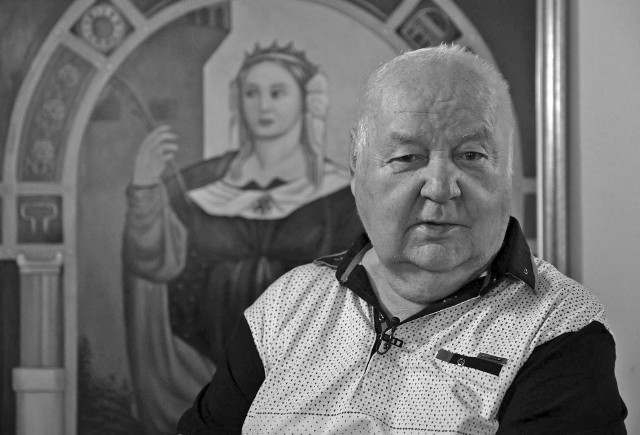 Erwin Sówka zmarł w wieku 84 lat. Był ostatnim żyjącym artystą Grypy Janowskiej