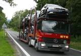 Na przykładowego Volkswagena Golfa statystyczny Polak musi pracować aż 19 miesięcy, podczas gdy Niemiec tylko 8.