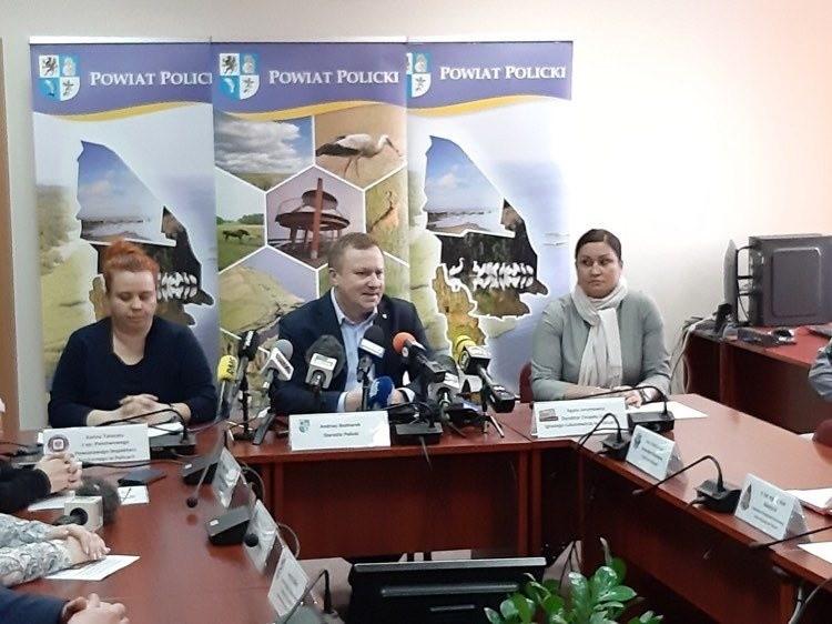 Konferencja prasowa odnośnie sytuacji w Policach. Wkrótce więcej informacji