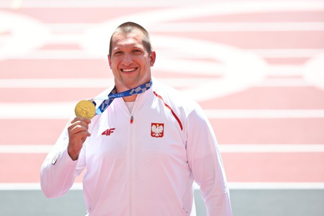 Wojciech Nowicki mistrz olimpijski w rzucie młotem