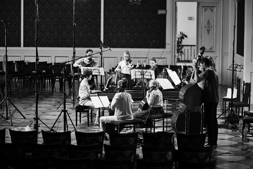 """Podczas festiwalu """"Muzyka w Raju"""" prezentowana jest dawna..."""