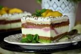 Pyszne ciasto na niedzielę. Zobacz TOP 15 propozycji naszych Czytelników na rewelacyjne placki na weekend [PRZEPISY]