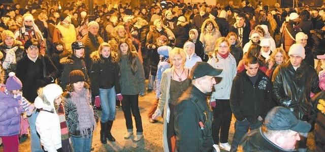 Jak widac na zdjęciu, ubiegłoroczna impreza zgromadziła tłumy łapian.