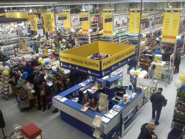 Wnętrze marketu Mrówka w Chmielniku.