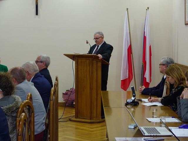 O wynik finansowy ZAZ-u Drzonowo pytał radny Michał Wrażeń, ale odpowiedzi nie uzyskał