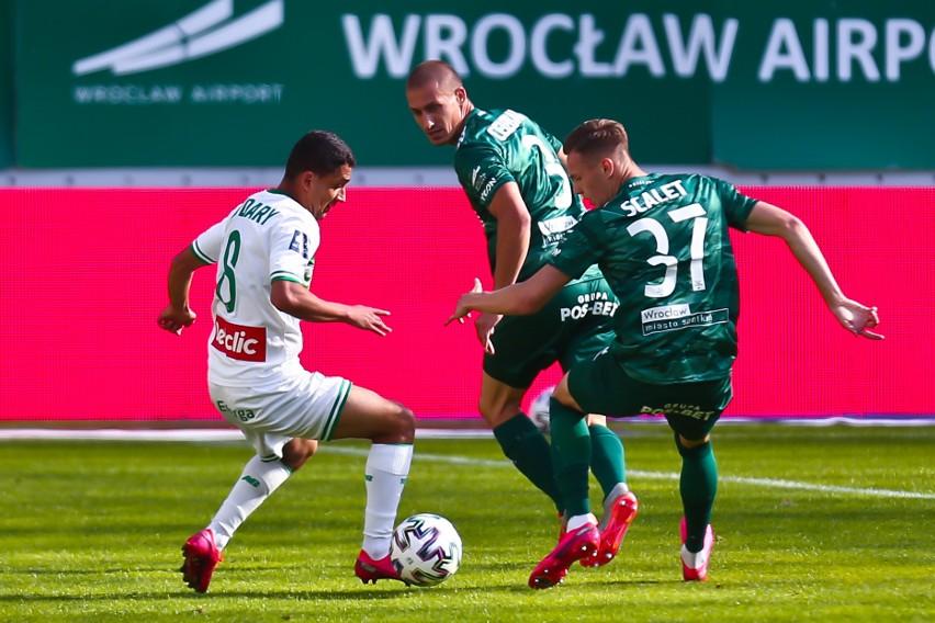 Śląsk Wrocław przegrał z Lechią Gdańsk 1:2 w ostatnim meczu...