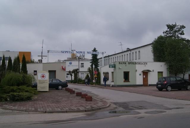 Szpital w Nowym Mieście nad Pilicą znalazł się w dramatycznej sytuacji z powodu epidemii koronawirusa.