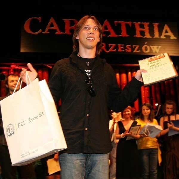 Peter Cmorik ze Słowacji pokonał prawie 50 wykonawców z 13 krajów.