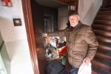 Toruń. 75-letni torunianin w pożarze stracił wszystko. Pilnie potrzebuje naszej pomocy