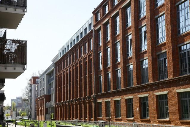 Gdy chodzi o używane mieszkania Łódź stawia przede wszystkim na wielką płytę, ale sprzedają się też lokale w innym budownictwie.
