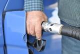 Szajka oszustów okradała polskie banki tankując w Anglii paliwo. Rozbiła ją wrocławska policja