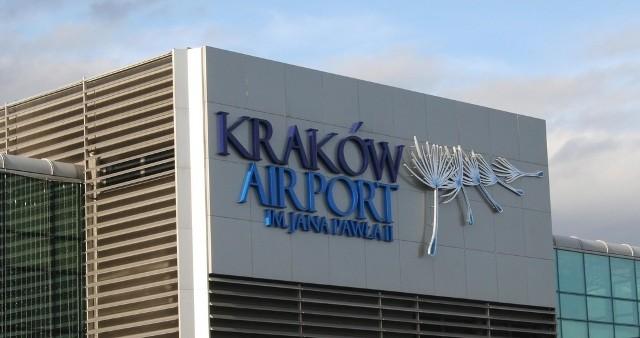 Mężczyzna doznał ataku epilepsji w rejonie krakowskiego portu lotniczego.