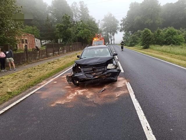 W Suchorzu na drodze krajowej nr 21 doszło do kolizji. Kierowca volkswagena uderzył w tył citroena. Nic nikomu się nie stało. Sprawca zdarzenia był nietrzeźwy.