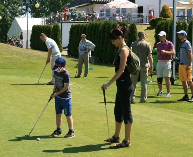 W niedzielę każdy będzie mógł nauczyć się grać pod okiem wykwalifikowanych trenerów i instruktorów.