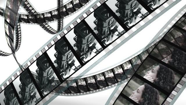 Nagrodą dla laureatów konkursu są warsztaty w łódzkiej szkole filmowej pod opieką dokumentalisty, reżysera filmowego i radiowego, scenarzysty Macieja Drygasa