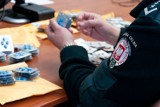 Podrabiane leki na potencję. Viagra, cialis, levitra zatrzymane przez celników (zdjęcia)