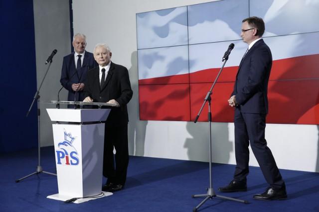 Spotkanie ostatniej szansy liderów Zjednoczonej Prawicy: Kaczyński-Gowin-Ziobro. Porozumienie i SP mają swoje postulaty. Co zrobi PiS?