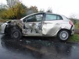 Przyczepa ciężarówki uderzyła w nieoznakowany radiowóz w Przemystce (zdjęcia)