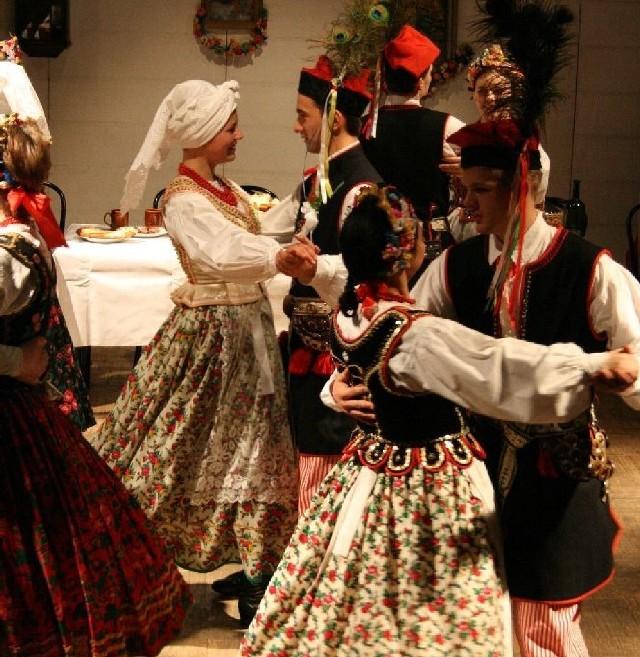 W Mogilanach zespoły folklorystyczne dostarczą atrakcji muzycznych i tanecznych podczas przeglądu im. Janiny Kalicińskiej