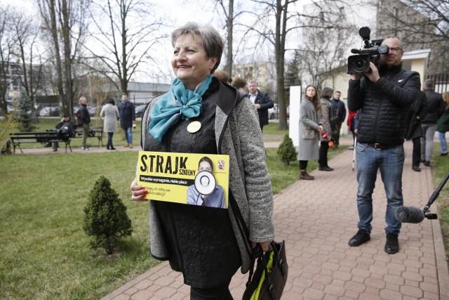Ewentualny strajk nauczycieli miałby się odbyć 8 kwietnia, tuż przed egzaminami ósmoklasisty