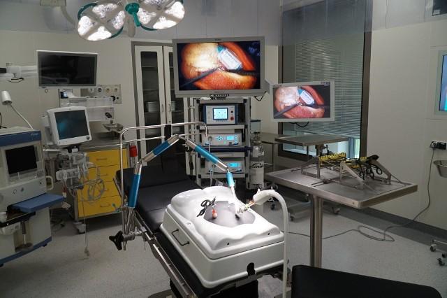 Szpital Kliniczny im. K. Jonschera UM w Poznaniu ma nowy oddział kardiochirurgii dziecięcej i bloki operacyjne.Zobacz, jak wygląda --->