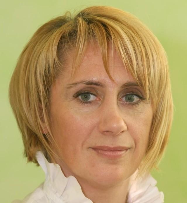 Alicja Siwiec, współwłaścicielka: - Te ubrania powstają z pasji. Krawiectwo i moda to moje osobiste pasje. Zależy nam na tym, aby zachować dobre tradycje polskiego krawiectwa.