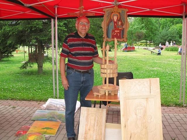 Marek Nikodem z Mogilna, oprócz swoich rzeźb pokazał  także projekt Planetarium Dziejów Mogilna.